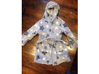 Excellent Condition Age 3-4 Dressing Goen