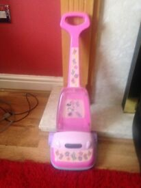 Minnie Mouse pink hoover good condition
