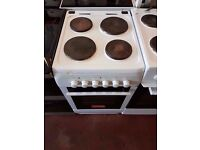 Electric Cooker - Curry Essential 50cm- Hotplate - White - Single Oven Fully working condition