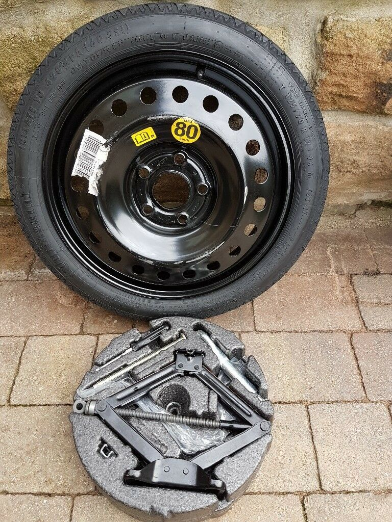 """SPACESAVER SPARE WHEEL 17"""" - GENUINE VAUXHALL PART - COMPLETE WITH TOOLS - T125/70 R17 98M"""
