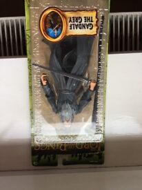 "GANDALF THE GREY 6"" FIGURE VERY RARE UNOPENED WITH KING ELENDIL BOX"