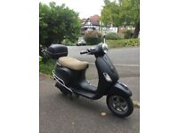 FOR SALE 2010 VESPA LX 125cc SCOOTER £1099
