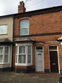 3 bed room house to rent available now!!! £695