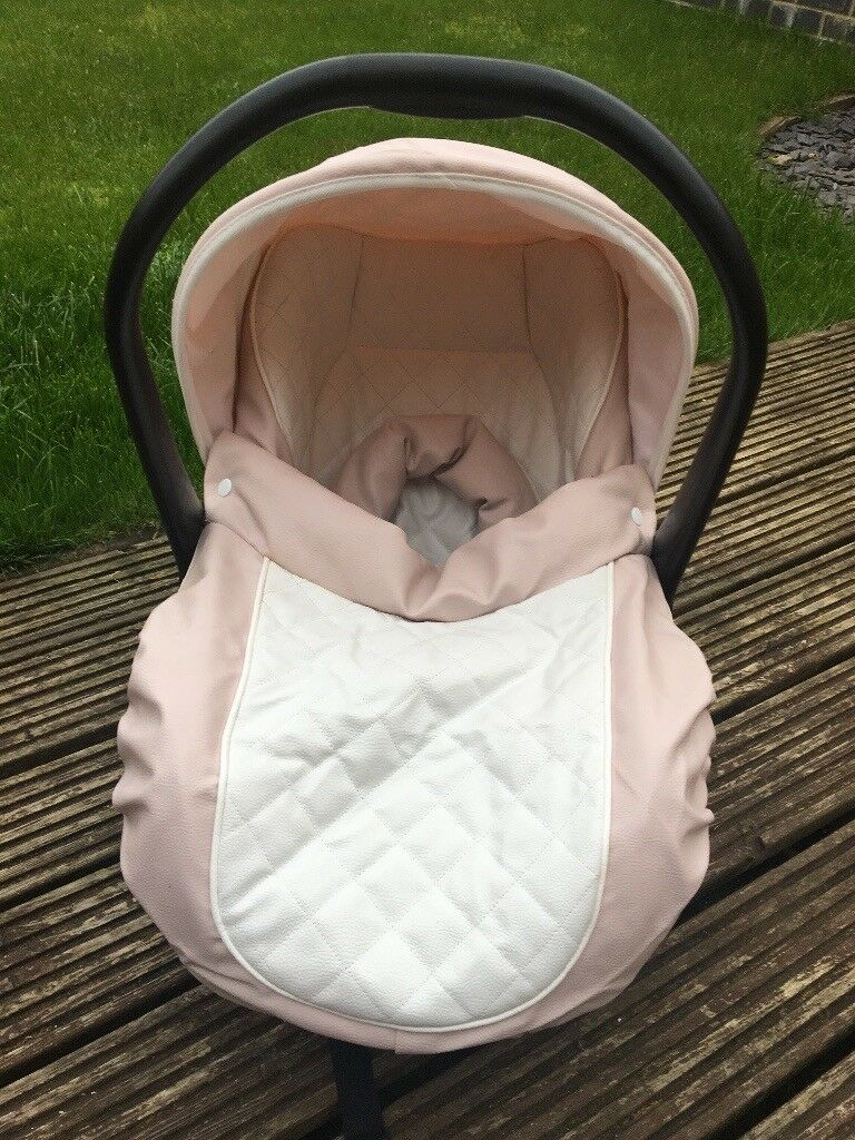 Car seat for sale birth to 9 mths