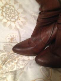Brown knee boots never worn size 7
