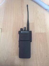 Motorola dp4400e uhf radio