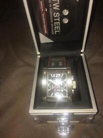 Large wrist watch
