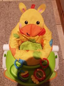 Sit me up chair fisher price excellent condition