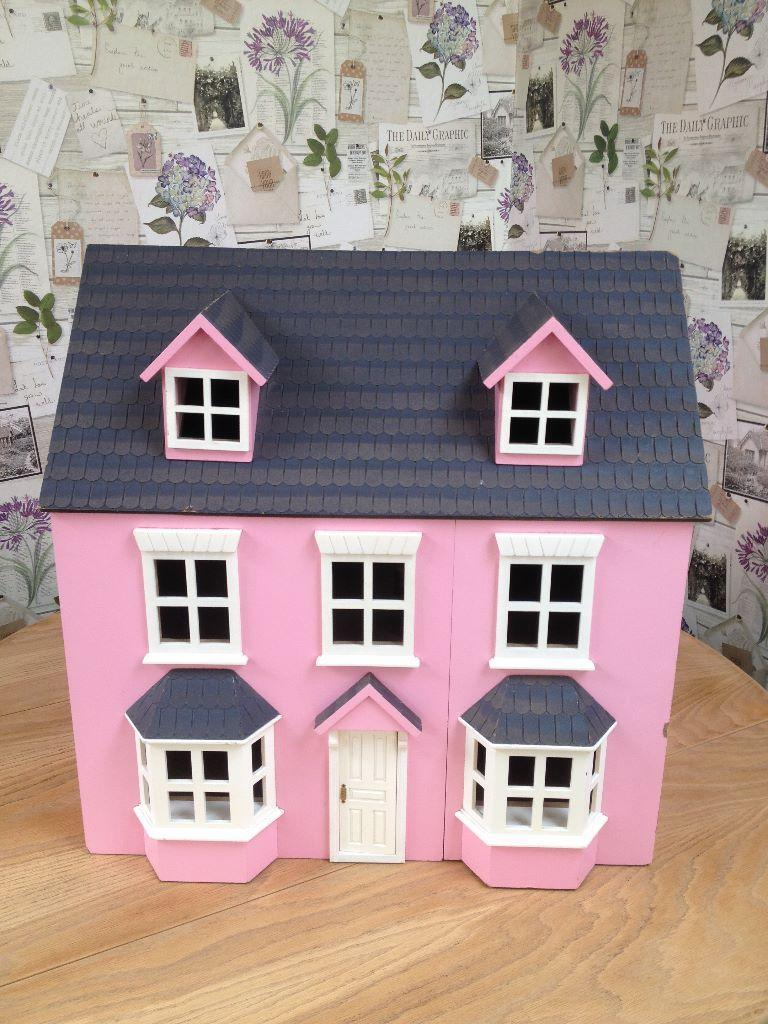 LOVELY DETATCH BAY FRONTED PINK WOODEN DOLLS HOUSE in  : 86 from www.gumtree.com size 768 x 1024 jpeg 126kB