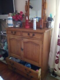 Solid wooden cabinet pick up only plus mirror loo