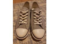 Ladies converse trainers size 6