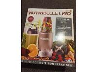 Brand new NutriBullet Pro 900 deluxe (rrp:£90.00)