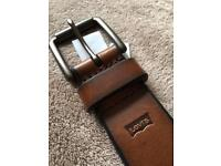 BRAND NEW LEVIS BROWN BELT