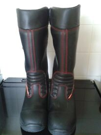 Womens Jolly, NEW with TAGS leather Rigger boots size 6 Euro 39 toe cap/breathable/waterproof lined