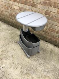 VW Caravelle table
