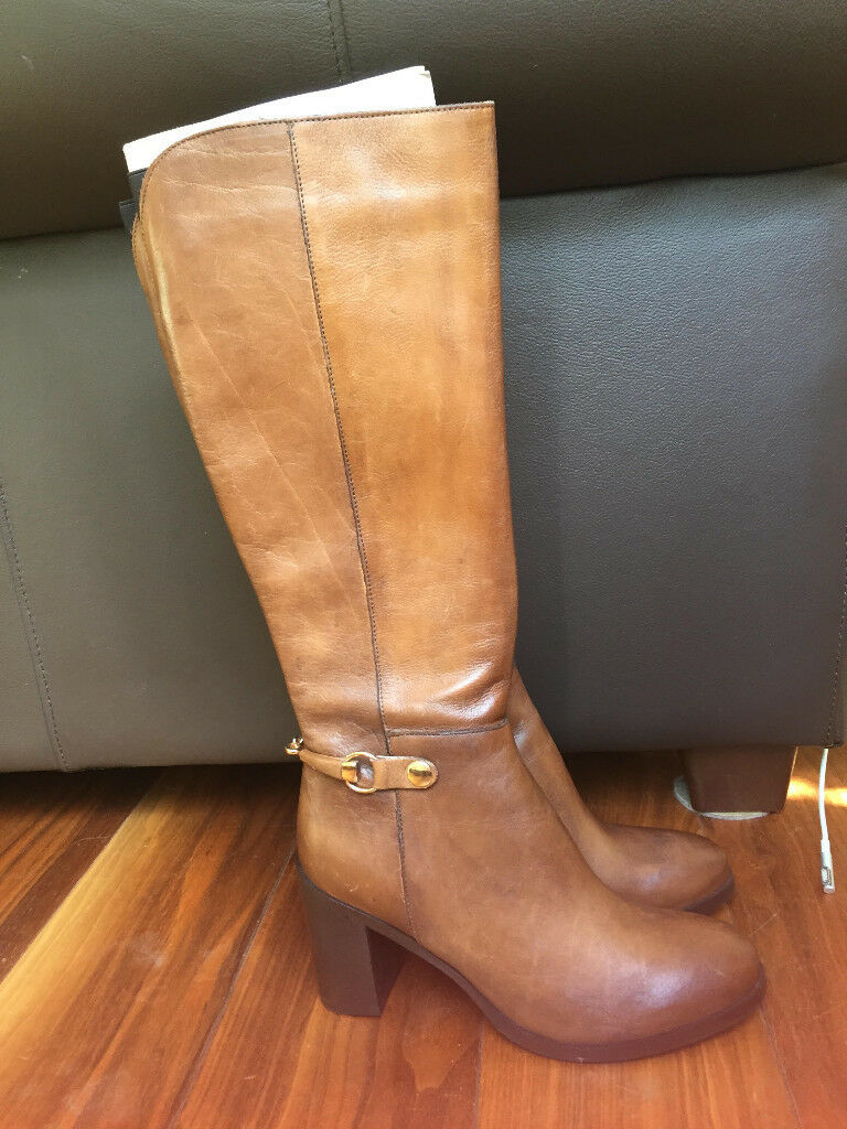 Brand new brown leather boots