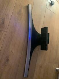 Samsung curved tv stand base, as new. Luton.