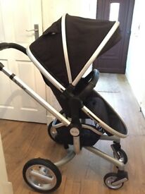 Silver Cross Surf Travel System. Pram, car seat & Isofix base