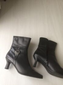 Black Carvelle Flex Leather ankle boots with buckle and zip, size 7 never worn £20