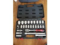 RS Pro 26 Pieces 1/2 in Socket Set Chrome Vanadium Steel 1/4 in ratchet wrench and socket set