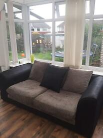 Bargain! X2, 2&3 seater Settee. Woodlands