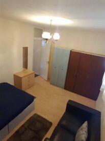 Double room near Plaistow/Stratford