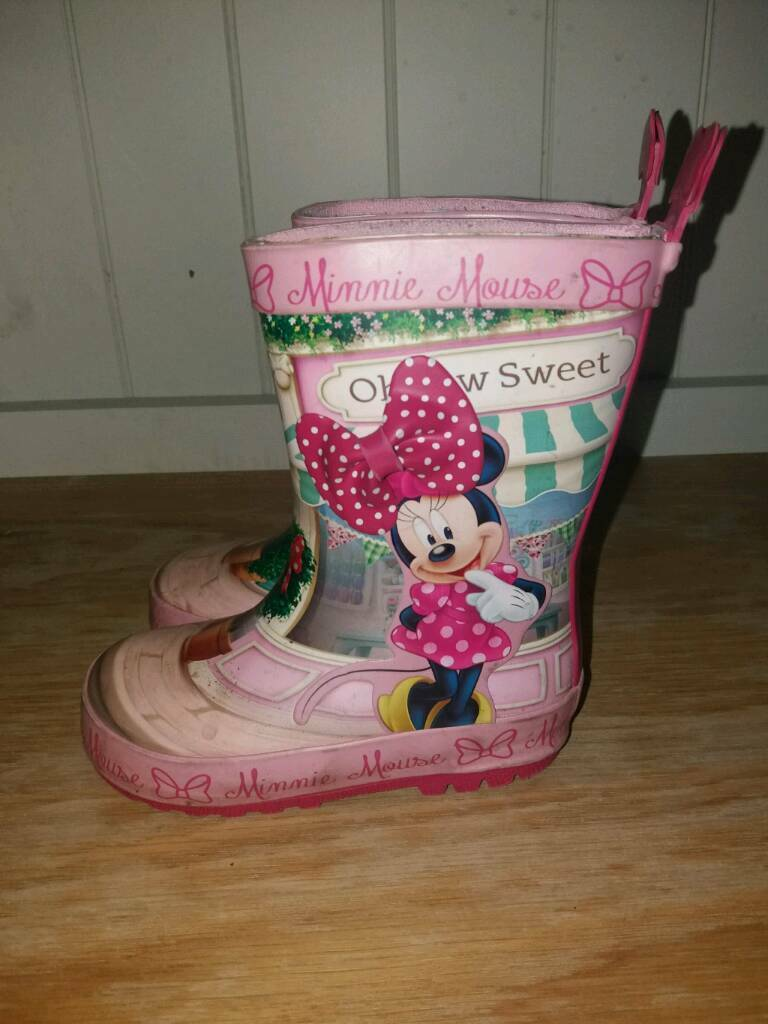 Minnie Mouse Size 5 children's wellies