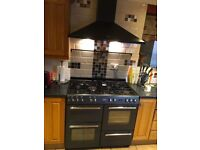 Belling range cooker plus chimney hood