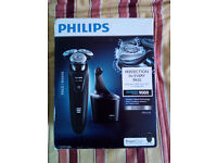 RRP £325 Philips S9031/26 Wet and Dry Contour Detect Electric Shaver 9000 SERIES