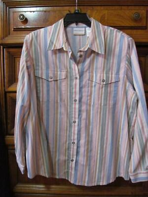 Alfred Dunner...Button Front Shirt...Tab Pockets.   Roll-tab Sleeves...Size 16 W Tab Front Shirt