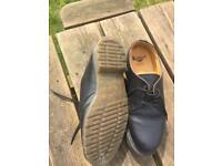 Dr Martin's shoes size 11
