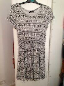 Monochrome dress size 12