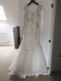 Justin Alexander Wedding Dress For Sale