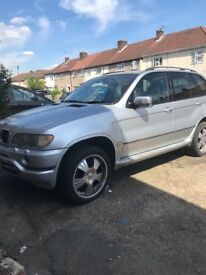 X5 3.0 tdi spare or repair ,all car or braking