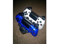 PS4 controllers x2 and official charging station