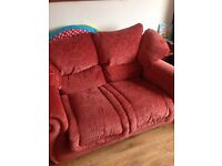 Free free free Sofa two chairs 1 recliner