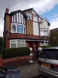 Large 4/5 Bedroom in Higher Broughton Manchester Salford M7 2FQ