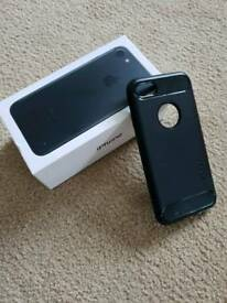 Apple iPhone 7 128gb unlocked black in great condition c/w orginal box, charger and lead inc. case