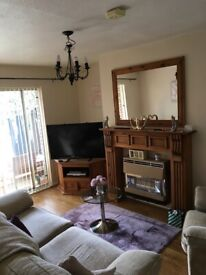 Stunning one bedroom flat with balcony over shared garden