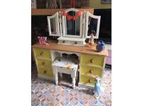 Dressing table pine