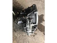 Vivaro traffic primastar gearbox 6 speed with speedo sensor recon 2014 £350