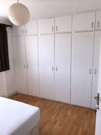 alugo quartos para casal e solteiros in stockwell