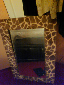 Mirror Giraffe type fur print frame