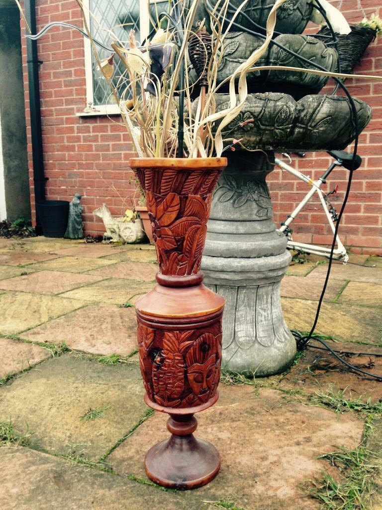 BEAUTIFUL WOODEN CARVED VASE