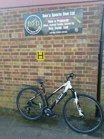 CARRERA CROSSFIRE 1 LADIES HYBRID BIKE..EXCELLENT CONDITION