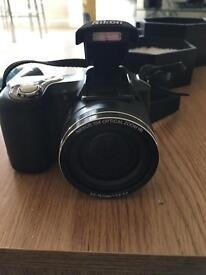 Nikon Coolplx L100 Camera with bag