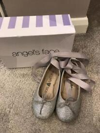 Angel Face ballet style shoes with ribbon girls size 28/10 uk