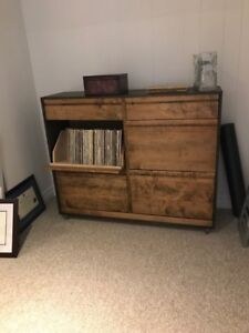 Record holder / Record Cabinet /  Entertainment Unit