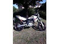 SFM crossbikes ZZ 125 free trial ride