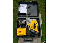 DEWALT 18V XRP JIGSAW WITH 2 BATTERIES AND CHARGER